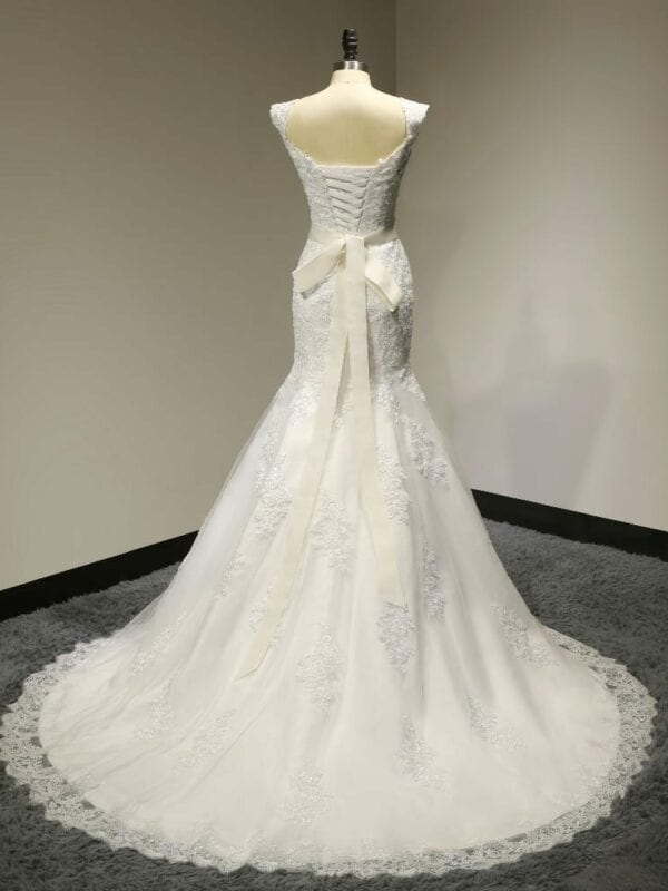 Mermaid Lace Wedding Dress With Sashes