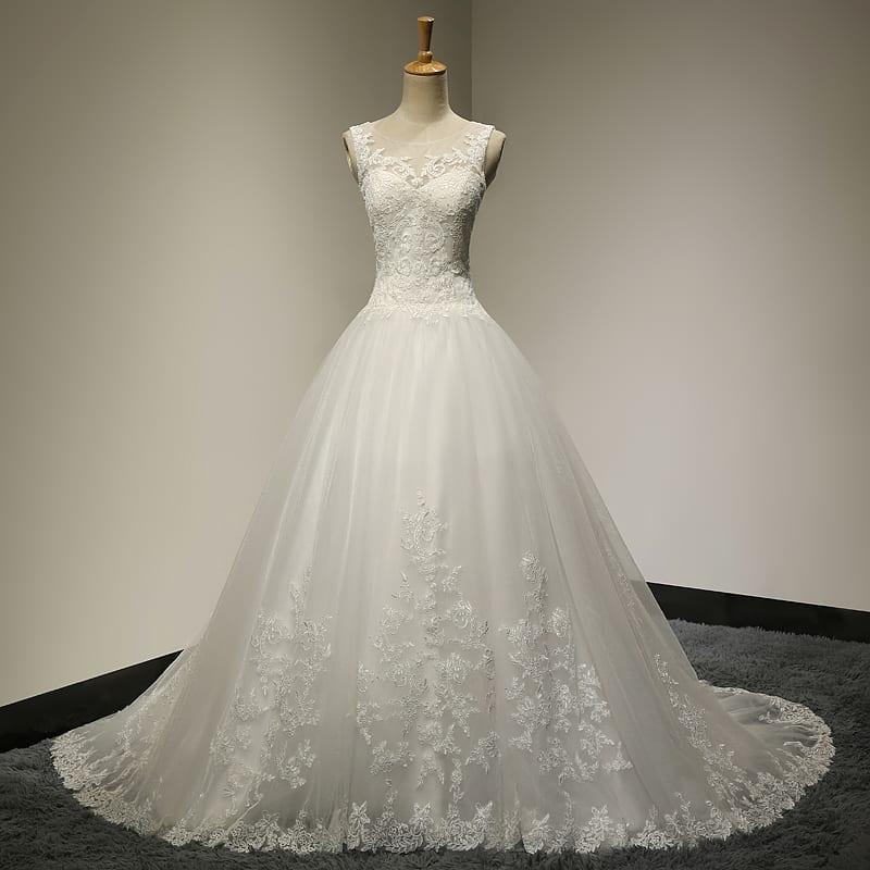 Vintage lace princess wedding dress for Vintage princess wedding dress