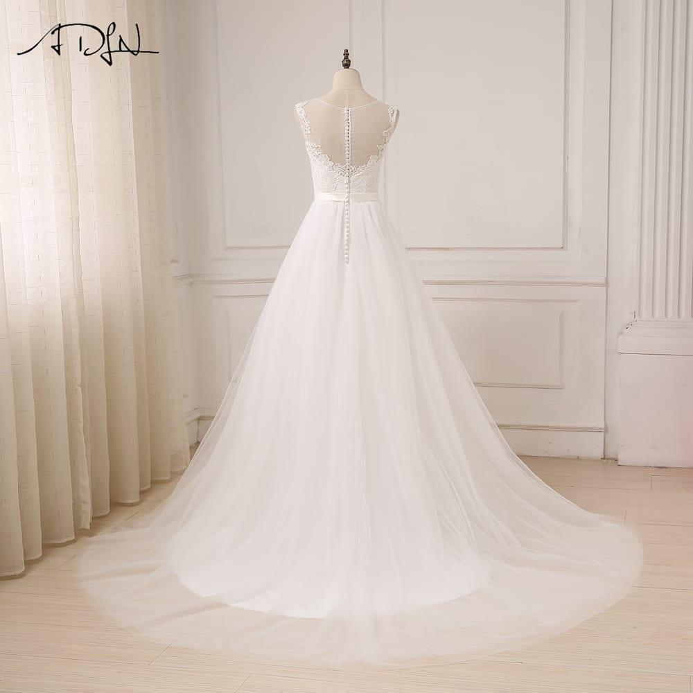 O-neck Tulle Boho Beach Wedding Dress
