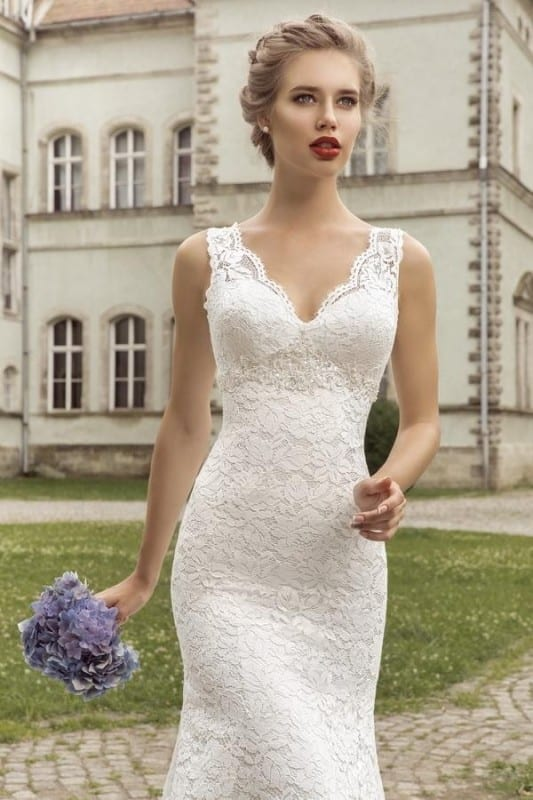 Front lace wedding dress2