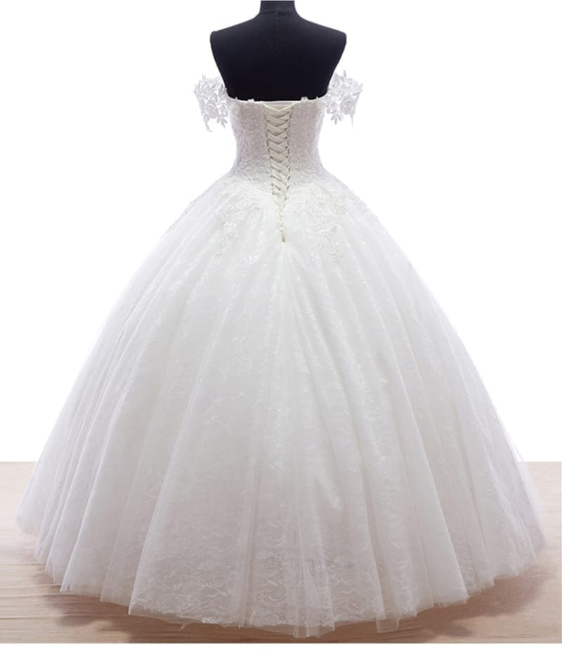 White ivory lace up princess wedding dress for White or ivory wedding dress