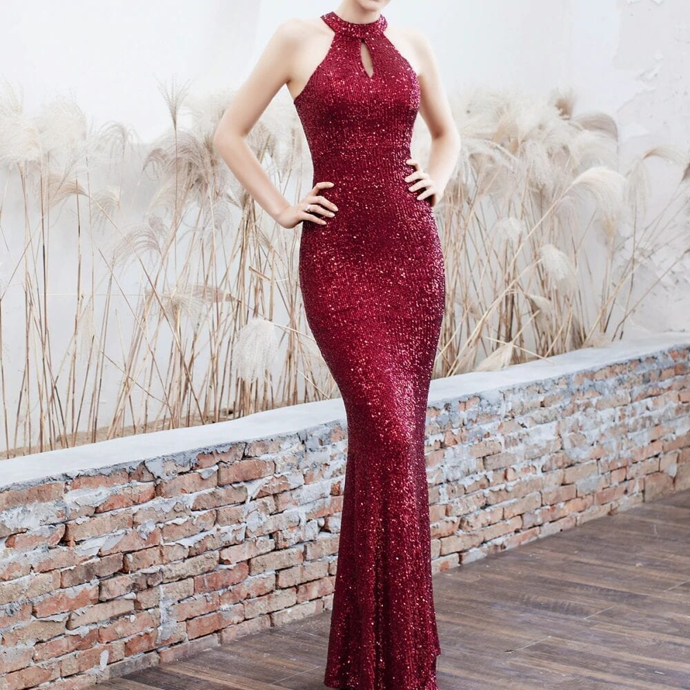 Elegant Sequined Halter Sleeveless Mermaid Long Evening Dress