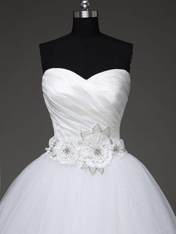 Vintage Sweetheart Tulle Princess Wedding Dress