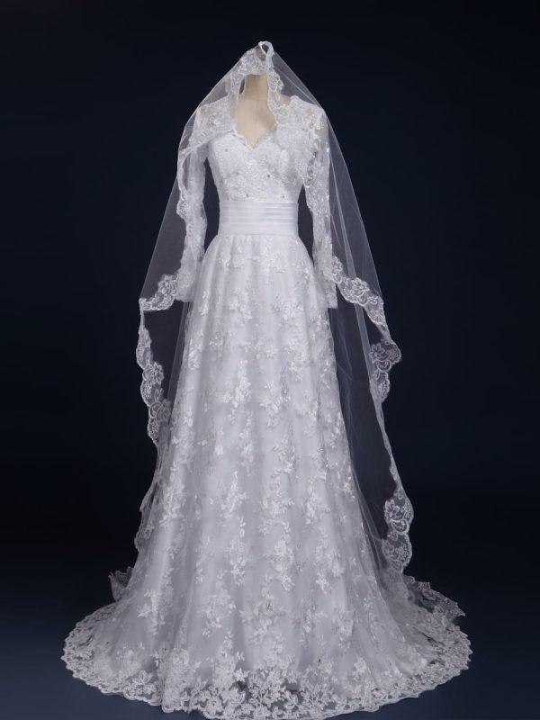 Elegant White Long Sleeve Lace Wedding Dress