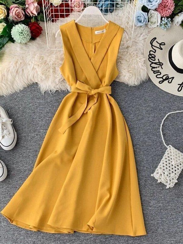 Elegant A-line Sleeveless V-neck Midi Dress