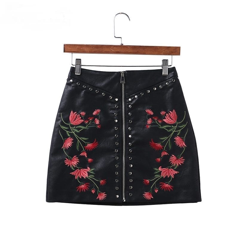 Black Pu Leather Flower Embroidery Zipper Mini Skirt