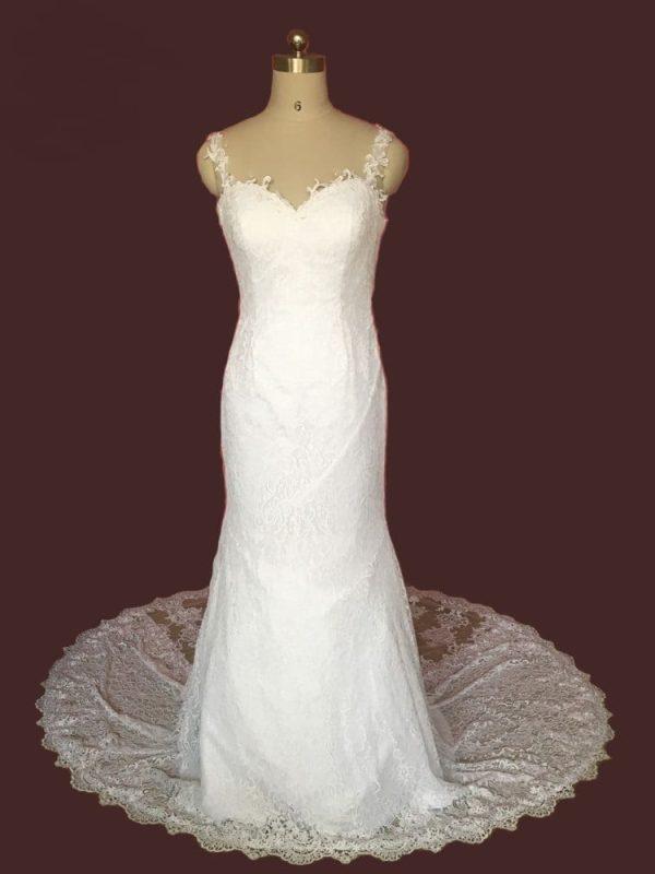 Spaghetti Straps Backless Lace Appliques Mermaid Wedding Dress