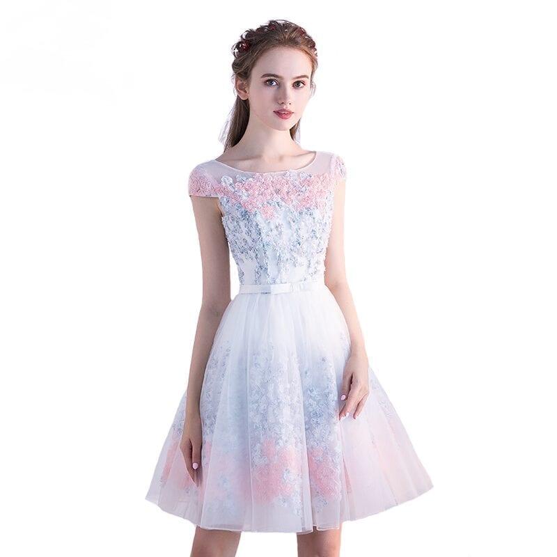 Elegant Tulle Lace Appliques A-line Bridesmaid Dress