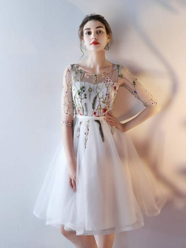 Ivory Black Scoop Tulle Appliques Lace Up Prom Evening Dress