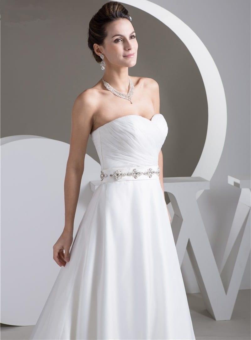White/ivory A Line Organza Belt Wedding Dress