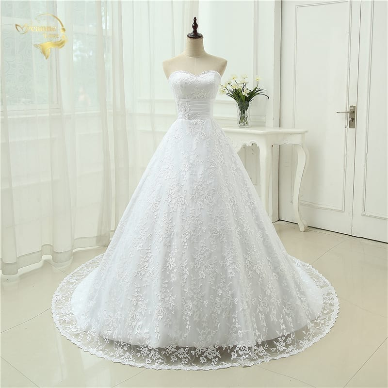 Elegant Backless A Line With Train Lace Wedding Dress