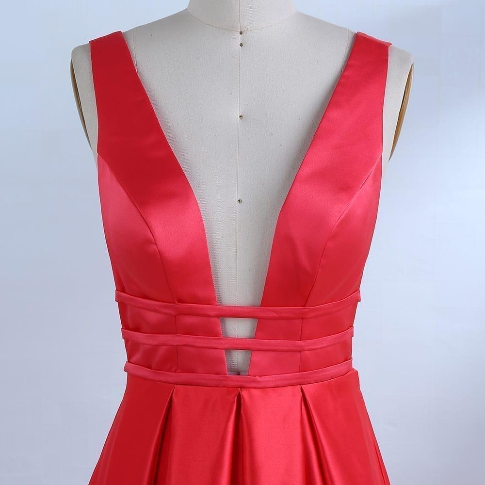 Elegant Red Satin Long Evening Dress - Uniqistic.com