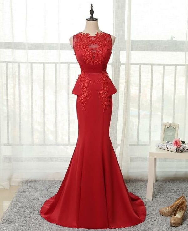 Sleeveless Elegant Lace Embroidery Mermaid Sequined O Neck Sweep Train Long Evening Dresses