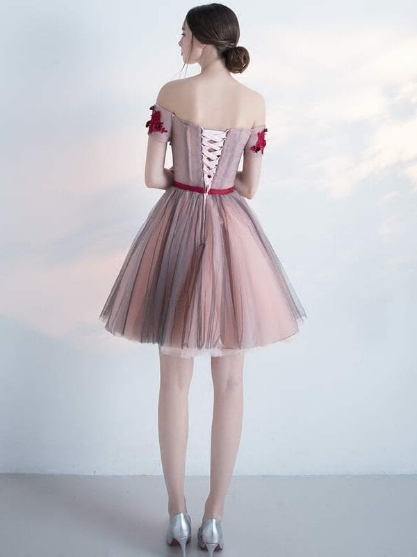 Elegant Appluqies Boat Neck Knee Length A Line Prom Dress