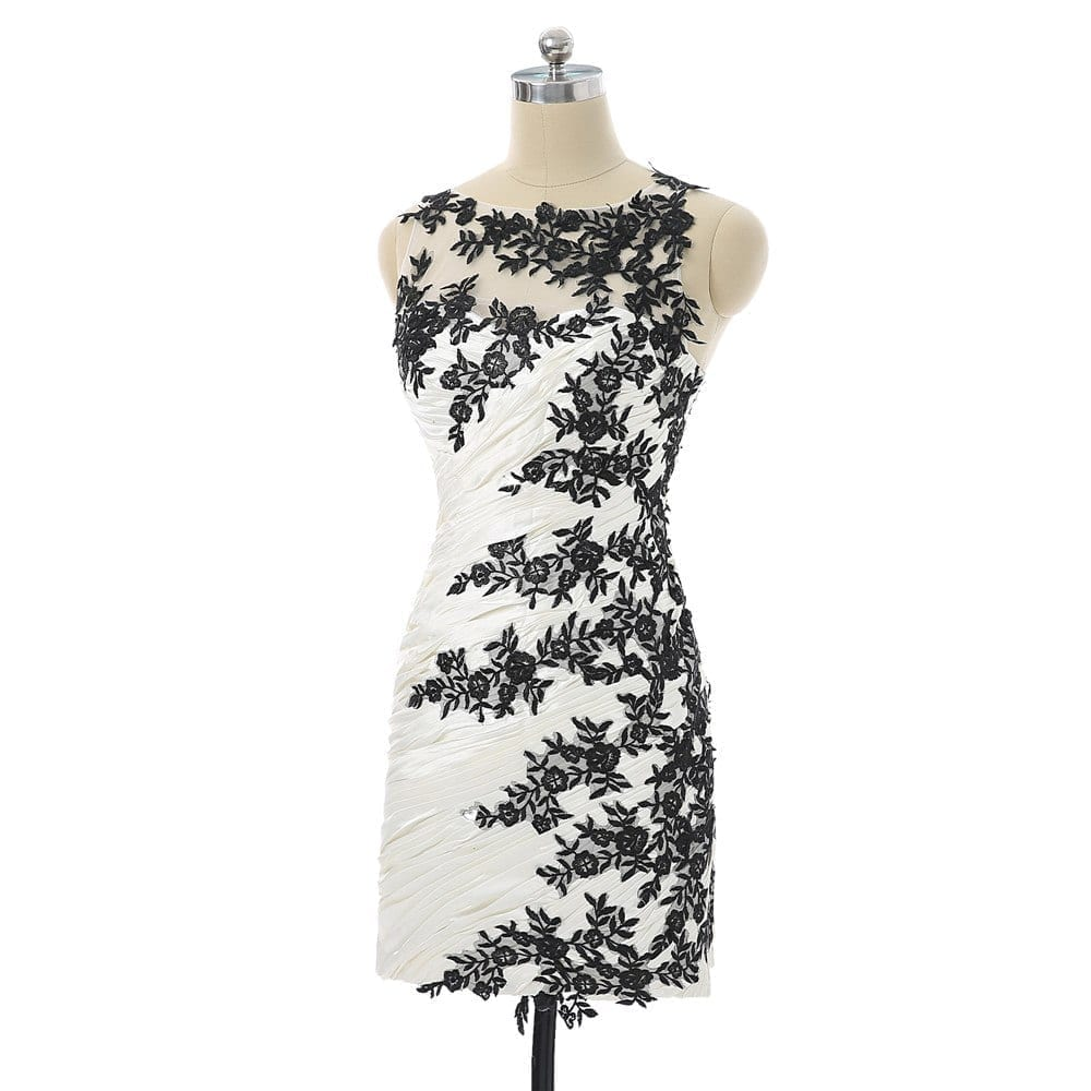 Elegant Black Sheath Scoop Knee Length Chiffon Appliques Lace Backless Cocktail Dress