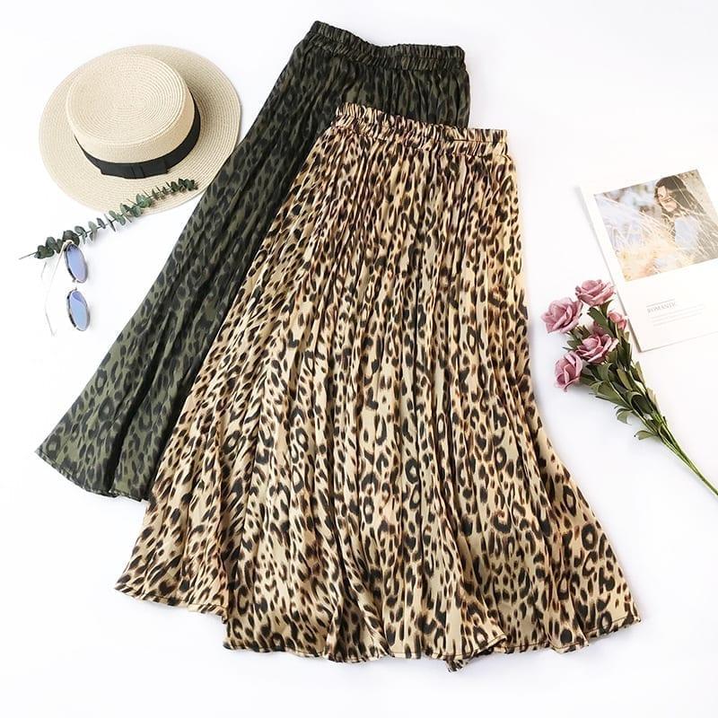Retro Leopard Pleated Skirt