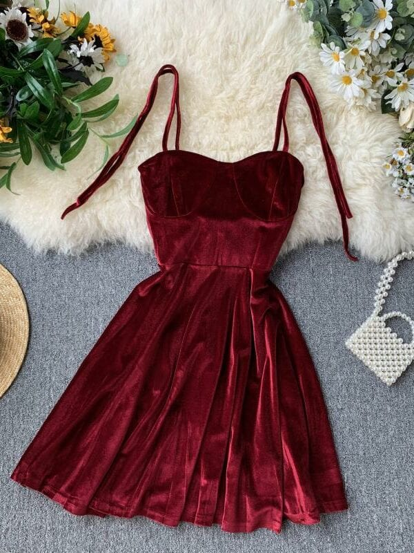 Vintage Spaghetti Strap Backless Bodycon Mini Velvet Dress
