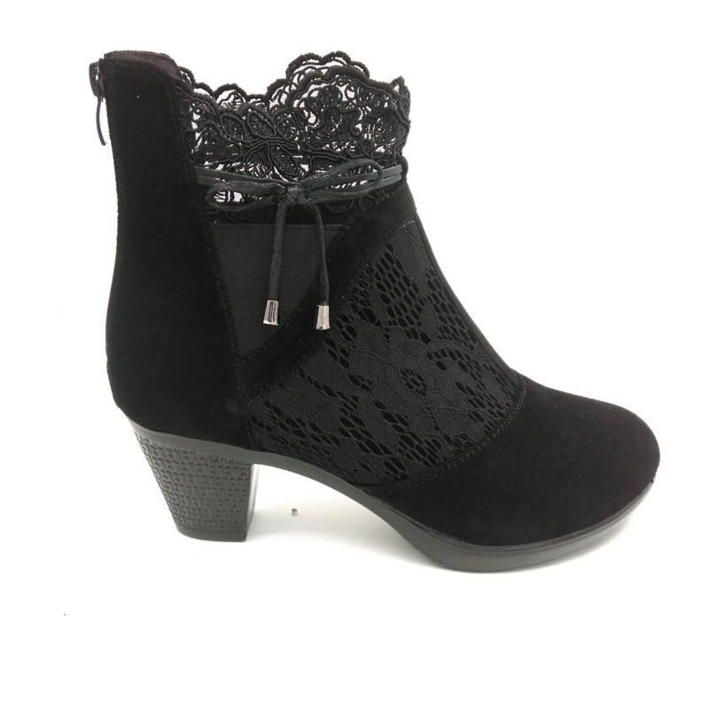 Genuine leather medium hells boots