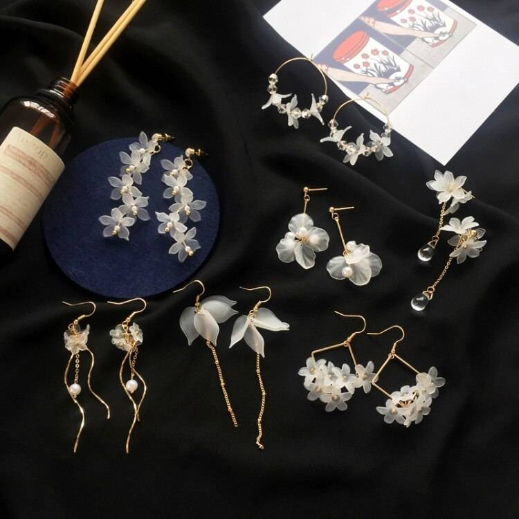 2019 New flower handmade bohemia boho earrings women fashion long hanging earrings crystal female wedding earings party jewelry