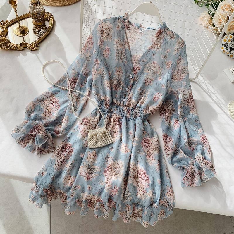 V-neck long-sleeved chiffon floral dress