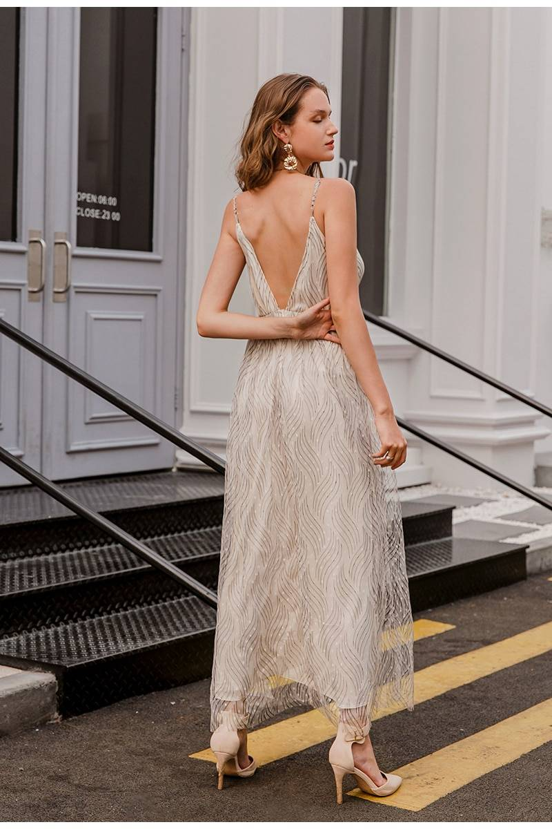 Elegant striped v-neck spaghetti strap long dress