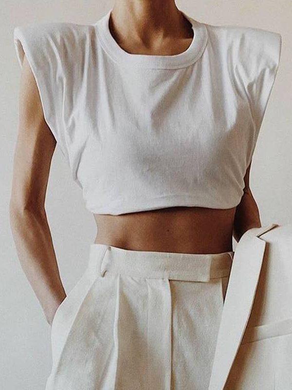 O neck sleeveles short t-shirt
