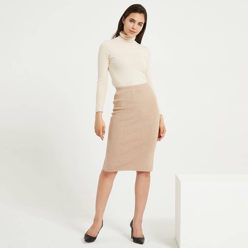 Knitted straight high waist knee-length skirt
