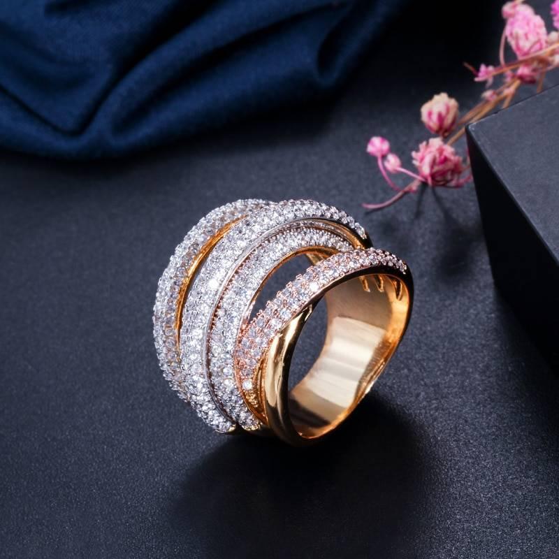 Gold geometry cubic zironium ring