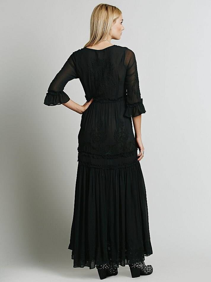 Elegant floral embroidery flare sleeve maxi boho dress