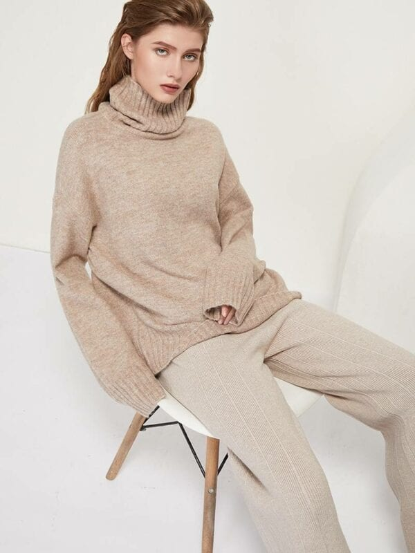 Knitted turtleneck batwing long sleeve loose sweater pullover