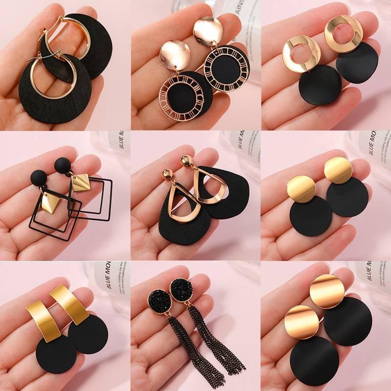 Black Arcylic Geometric Dangle Drop Gold Earings 7
