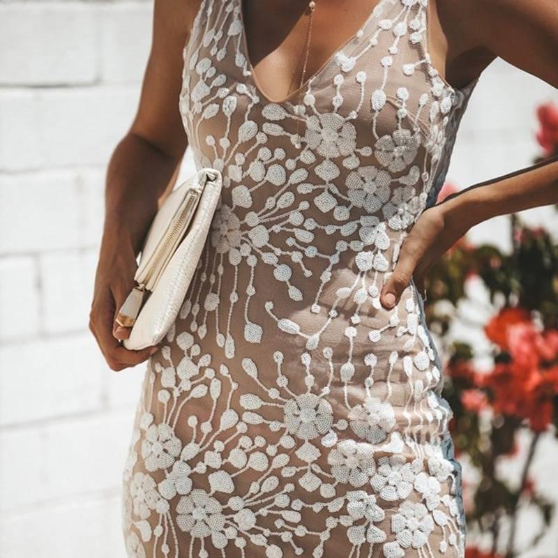 Sleeveless white gold bodycon sequin pencil dress