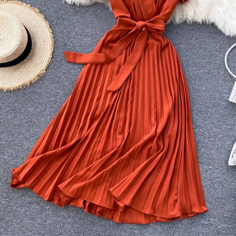Elegant v-neck lace-up waist pleated midi retro dress