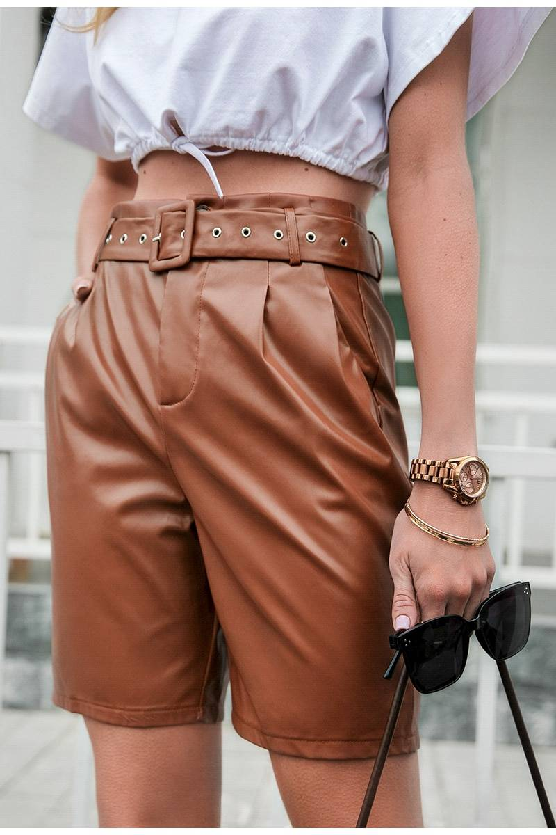 Solid leather mid-length high waist pocket zipper shorts