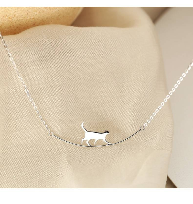 Silver Cute Walking Cat Clavicle Chain Necklace 1