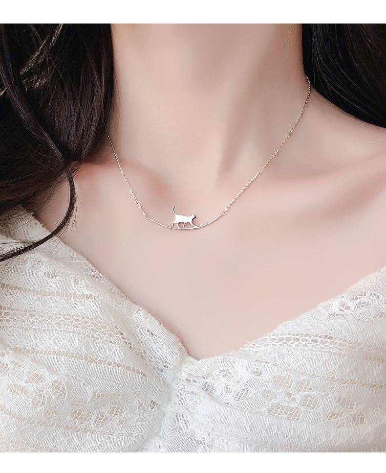 New Fashion Cat Curved Simple Personality 925 Sterling Silver Jewelry Cute Animal Walking Cat Clavicle Chain Necklaces N090