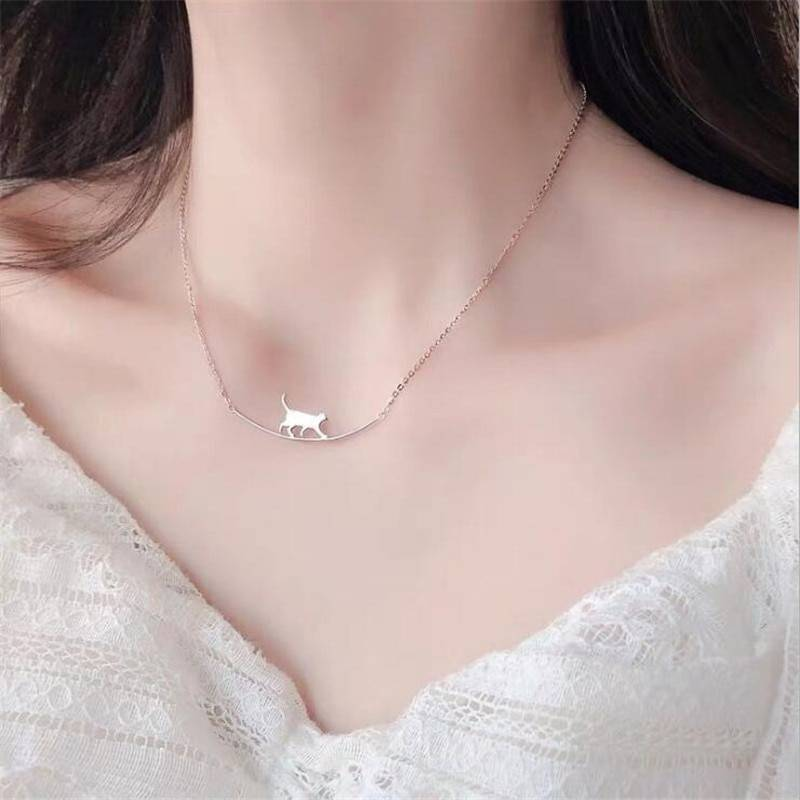 Silver Cute Walking Cat Clavicle Chain Necklace 3