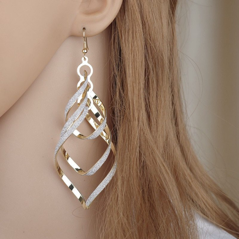 2020 Simple Spiral Curved Long Drop Earring Punk Crystal Statement Wave Design Earring gold For Women Jewelry Earrings ER200028